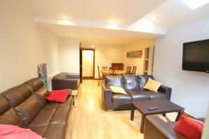 6 rooms inclusive of bills-Blakefield Road