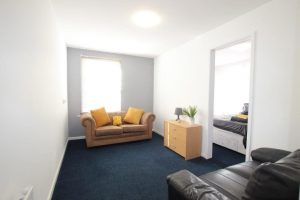 Studio Rooms inclusive of bills-Mealcheapen street