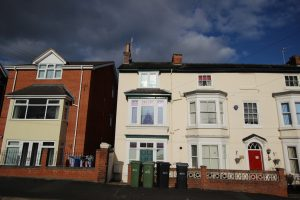 4 Rooms inclusive of bills – Henwick Road