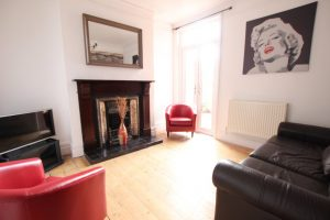 5 Rooms inclusive of bills – Laugherne Road