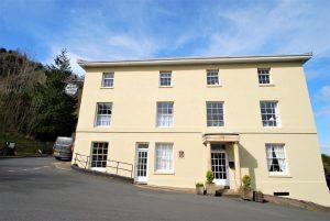North Malvern House, Belvoir Bank